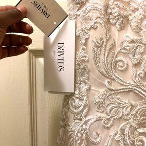 Vera wang ivory wedding dress
